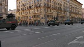 Ensayo del desfile a la celebraci?n de Victory Day en Mosc? almacen de video