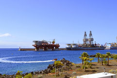 Ensco offshore drilling ships and Floatel Reliance platform in Santa Cruz De Tenerife port. Santa Cruz De Tenerife port, Tenerife, Canary Islands, Spain, Europe Stock Photo