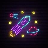 Enseigne au n?on de Rocket Enseigne lumineuse avec la fus?e, la plan?te et les ?toiles