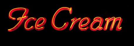 Enseigne au néon de crème glacée  Images stock