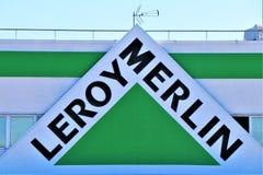 Enseigne de Leroy Merlin photo stock