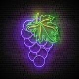 Enseigne de lueur de cru avec du raisin, fruit organique illustration de vecteur