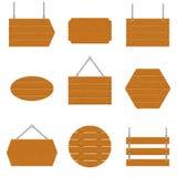 Enseignes en bois et ensemble en bois de planche d'isolement sur le fond blanc Signes et symboles de communiquer un message sur l Photo libre de droits