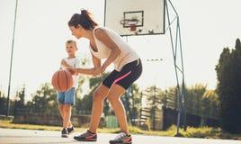 Enseignez-leur que le sport est important image libre de droits