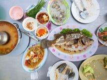 Ensemble épicé thaïlandais mangé de nourriture image libre de droits