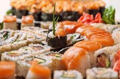 Ensemble appétissant de sushi photos stock