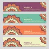 Ensemble coloré de bannières ornementales avec le mandala Decorat de vintage Photo stock