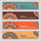 Ensemble coloré de bannières ornementales avec le mandala Decorat de vintage Photographie stock libre de droits