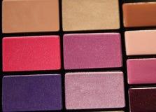 Ensemble coloré de cosmétique d'ombres de yeux Image libre de droits