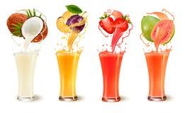 Ensemble d'éclaboussure de jus de fruit dans un verre illustration stock