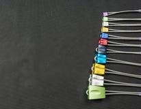 Ensemble d'écrous colorés pour s'élever images stock
