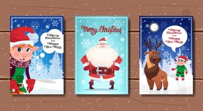 Ensemble d'affiches de Joyeux Noël et de bonne année avec des caractères de vacances dans la forêt d'hiver Photos libres de droits