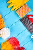 Ensemble d'articles de nettoyage de maison, vue supérieure image stock