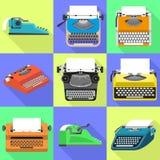 Ensemble d'icônes de machine à écrire, style plat illustration de vecteur