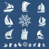 Ensemble d'icônes avec des silhouettes de bateaux Image stock