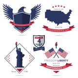 Ensemble d'insigne et de label, Jour de la Déclaration d'Indépendance américain, quatrième de juillet, le 4 juillet illustration de vecteur
