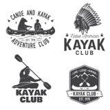 Ensemble d'insignes de club de canoë et de kayak Vecteur illustration de vecteur