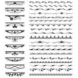 Ensemble d'éléments de conception florale et de décoration calligraphiques de page Photographie stock