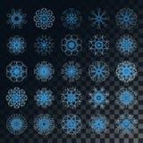 Ensemble de 25 éléments bleus de flocon de neige d'hiver de Noël sur le fond foncé Images libres de droits