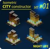 Ensemble de bâtiments isométriques dans la lumière de nuit Photographie stock