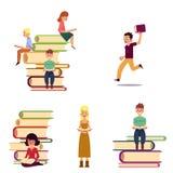 Ensemble de bande dessinée de personnes de lecture et de livres géants illustration de vecteur