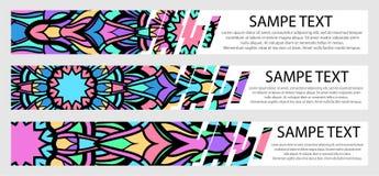 Ensemble de bannières de couleur avec le texte et le mandala Photographie stock