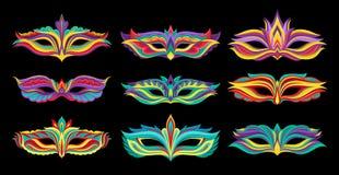 Ensemble de beaux masques de mascarade Attributs vibrants pour la partie costumée Éléments plats décoratifs de vecteur pour Mardi illustration de vecteur