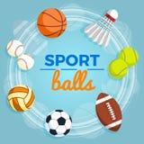 Ensemble de boules colorées de sport à un fond bleu Boules pour le rugby, volleyball, basket-ball, le football, base-ball, tennis Images stock