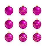 Ensemble de boules roses de Noël avec le modèle d'or Photographie stock