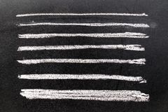 Ensemble de brosse blanche grunge d'art de craie dans la ligne forme carrée sur le blac Photo libre de droits