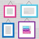 Ensemble de cadres de photo sur un mur Photo libre de droits