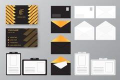Ensemble de carte de visite professionnelle de visite avec l'enveloppe et l'insigne Col personnel de style Image stock
