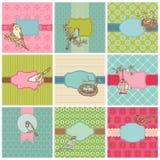 Ensemble de cartes colorées avec des oiseaux de cru Image stock