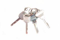 Ensemble de clés argentées sur le porte-clés Images libres de droits