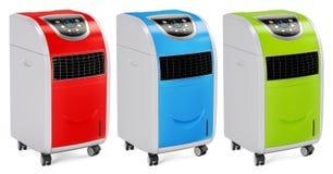 Ensemble de climatiseurs portatifs colorés, rendu 3D Image stock