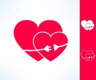Ensemble de coeurs du vecteur deux avec la ligne électrique avec la prise autour Concept de connexion d'amour Images libres de droits