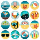 Ensemble de combinaison plate d'icônes de repos d'été Photo stock