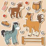 Ensemble de couleur d'animaux de ferme et d'objets mignons, chevaux de vecteur illustration stock