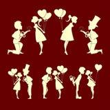 Ensemble de couples de silhouettes dans l'amour Image stock