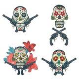 Ensemble de crânes tirés par la main avec des fleurs et des armes à feu illustration stock