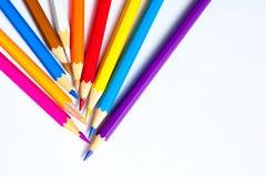 Ensemble de crayons colorés sur le blanc Photos libres de droits