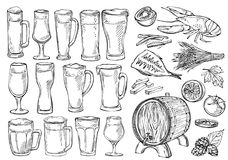 Ensemble de croquis de verres et de tasses de bière dans le style tiré par la main d'encre Images stock