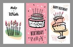 Ensemble de designs de carte d'anniversaire avec des gâteaux et des bougies Illustration tirée par la main de croquis de vecteur  illustration de vecteur