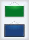 Ensemble de deux panneaux de signe accrochant sur un clou Photographie stock libre de droits