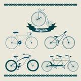 Ensemble de différentes bicyclettes illustration de vecteur