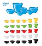 Ensemble de différentes cuvettes et de vaisselle vides colorées d'isolement sur un fond blanc Objets de cuisine Photographie stock libre de droits