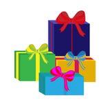 Ensemble de différents boîte-cadeau enveloppés colorés Conception plate Beau présent avec l'arc Symbole et icône pour le boîte-ca Image stock