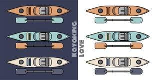 Ensemble de différents kayaks colorés, canoës, sur le fond clair et foncé Photographie stock