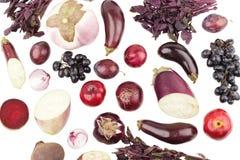 Ensemble de différents légumes crus violets, d'isolement sur le blanc Images stock
