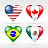 Ensemble de drapeau de coeur des Etats-Unis, de Canada, du Brésil et du Mexique d'états américains Photos stock